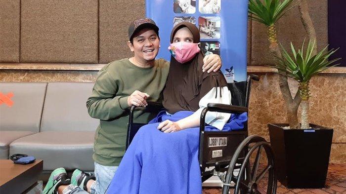 Istri Indra Bekti Dirawat di Rumah Sakit Selama Sepekan, Dokter Tegaskan Bukan Covid-19